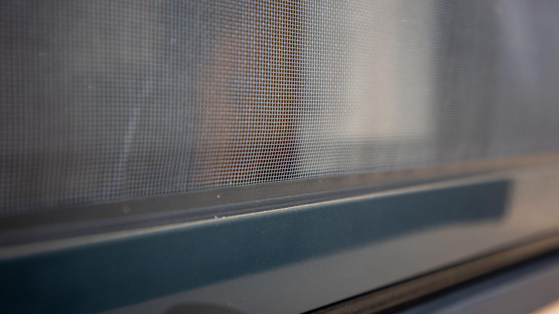 Menuiserie Hors d'Air Toulouse moustiquaire intégrée